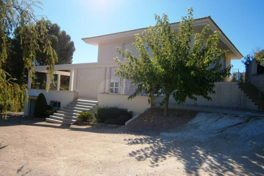Resale - Villa - Cocentaina