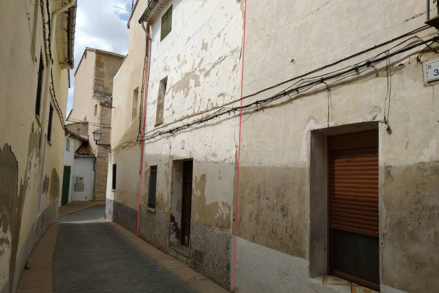 Resale - Town House - Gaianes