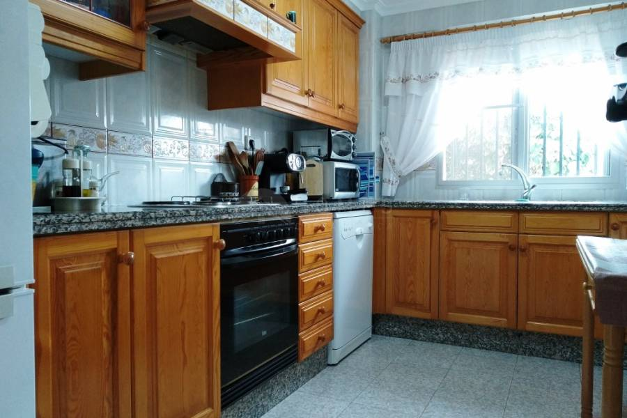 Resale - Country House - Alcoy - Urbanitzation