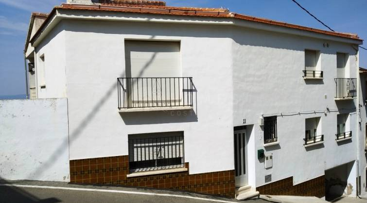 Town House - For sale - Agres - Agres