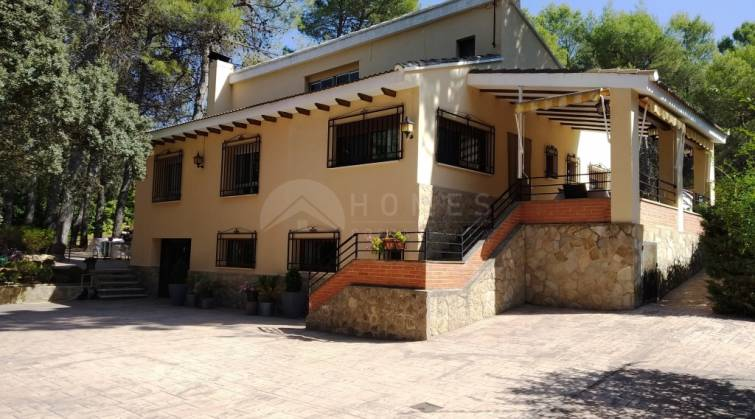 Villa - For sale - Alcoy - Alcoy